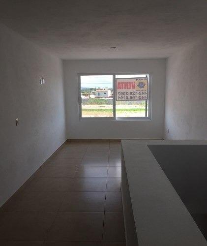 hermosa casa en privada uso de suelo residencial estilo contemporáneo moderno