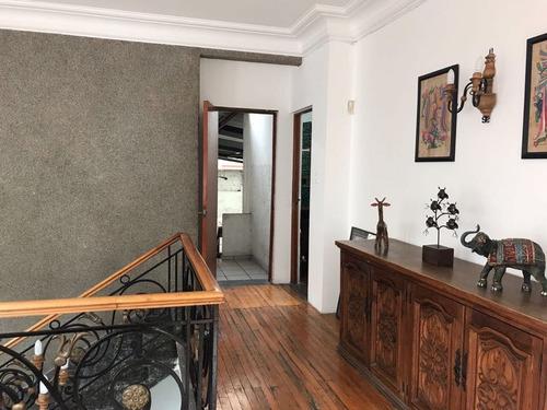hermosa casa en renta col roma.ideal para tu empresa.