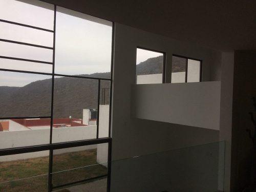 hermosa casa en renta en cumbres del cimatario