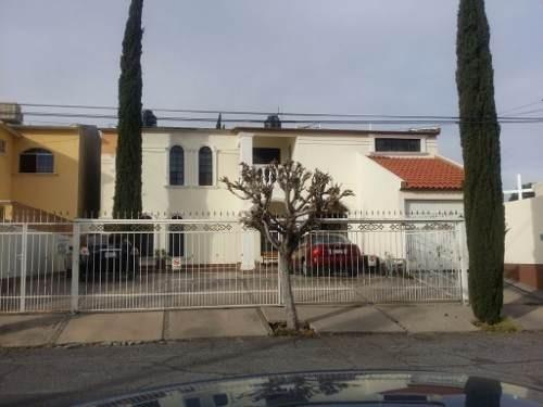 hermosa casa en residencial campestre.