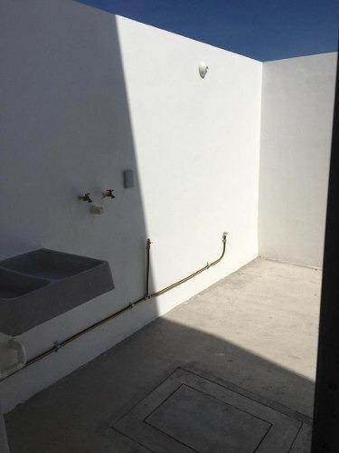 hermosa casa en terralta, 4 recamaras, una en pb, jardín, 2 baños..