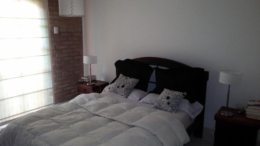 hermosa casa en venta! 3 dormitorios y cochera bº pueyrredon