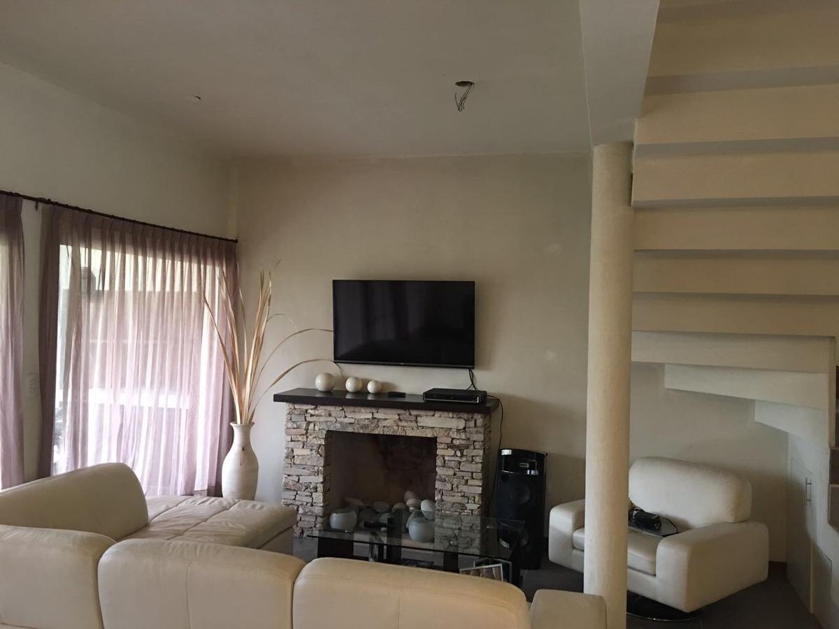 hermosa casa en venta b° habitat residencia.pilar