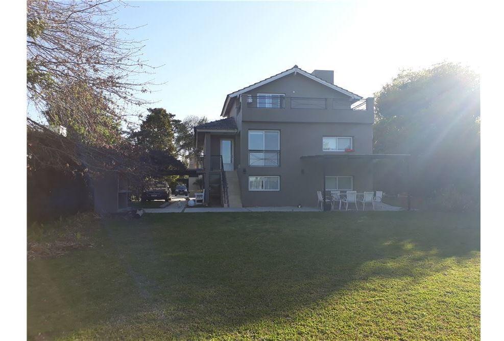 hermosa casa en venta. club de campo la martona