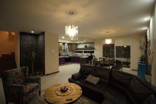 hermosa casa en venta con roof garden en zibata !!