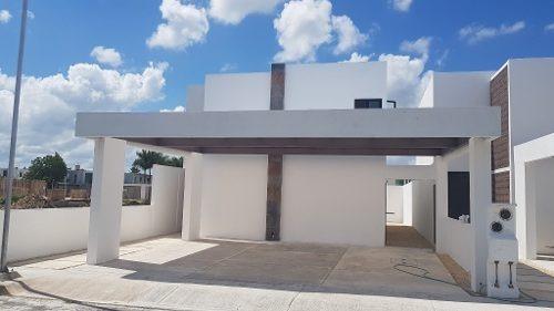 hermosa casa en venta conkal