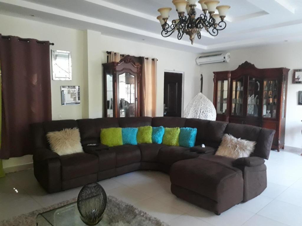 hermosa casa en venta en ancon panama cv