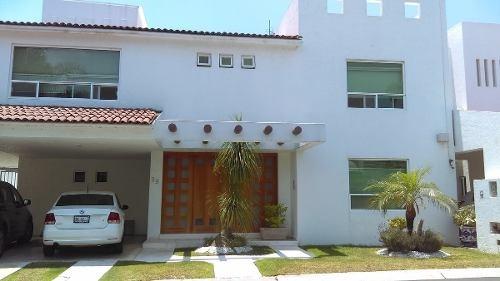 hermosa casa en venta en centro sur queretaro