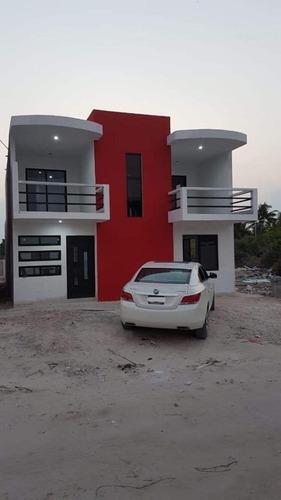 hermosa casa en venta en chicxulub puerto