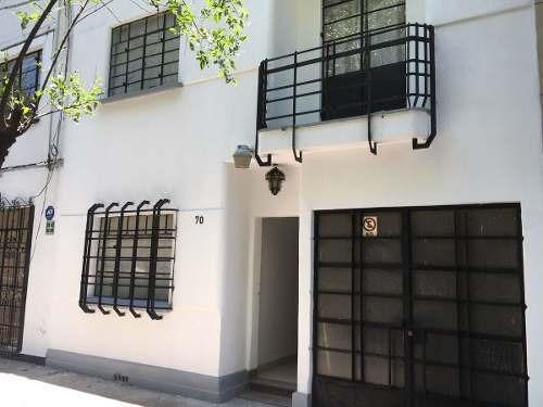 hermosa casa en venta en condesa