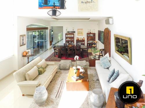 hermosa casa en venta en condominio urubo garden