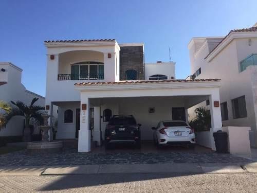 hermosa casa en venta, en fracc. puerta al mar
