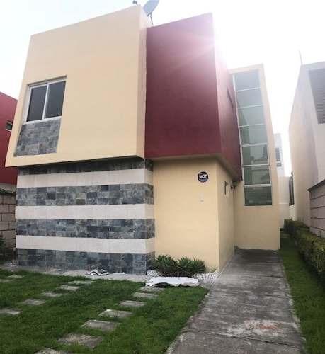hermosa casa en venta en fracc. urbano bonanza