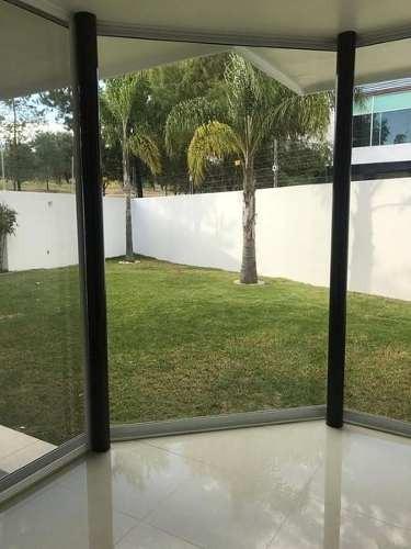 hermosa casa en venta en gran jardin