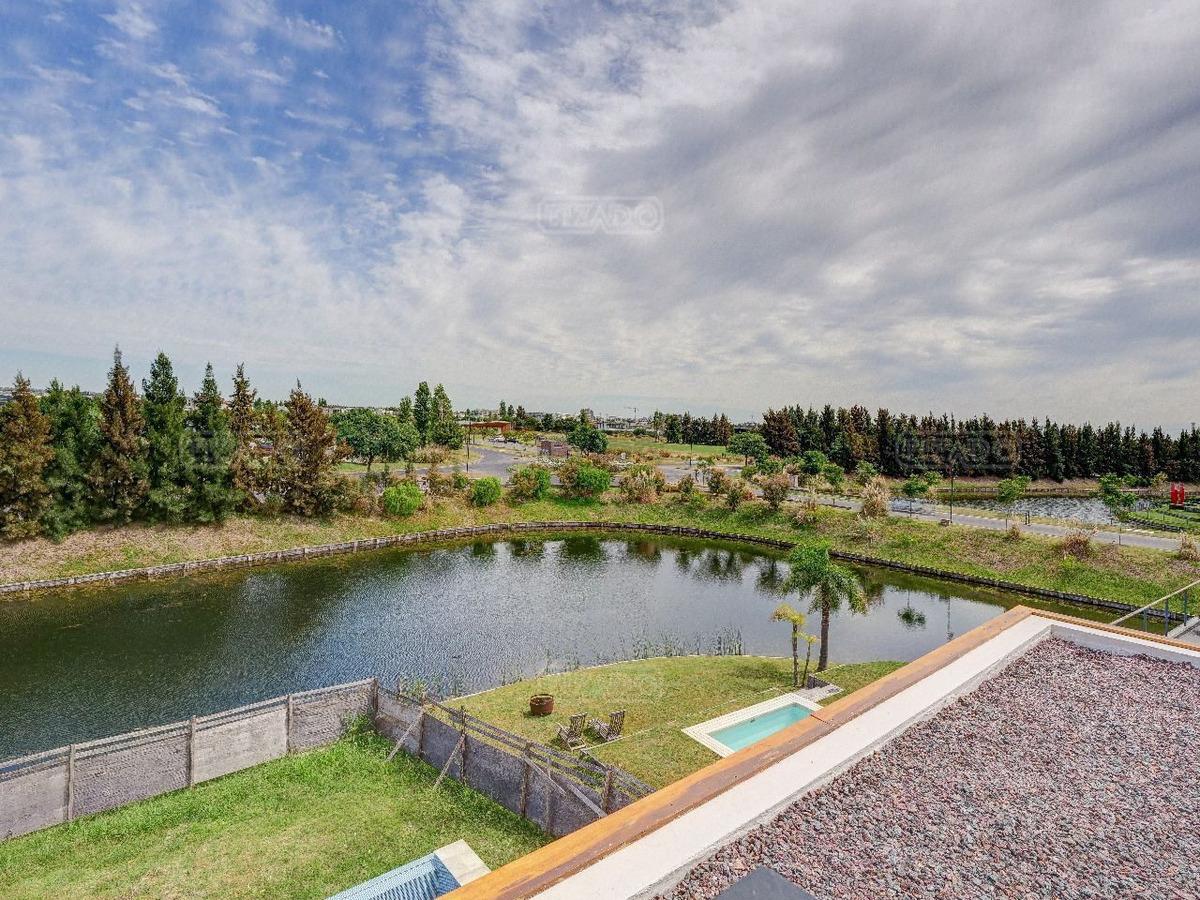 hermosa casa en venta en lagos del golf, nordelta
