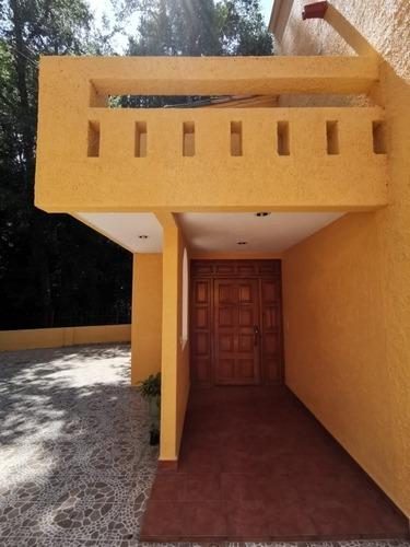 hermosa casa en venta en valle de bravo