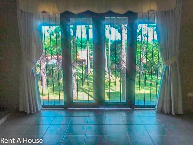 hermosa casa en venta en villa zaita panamá