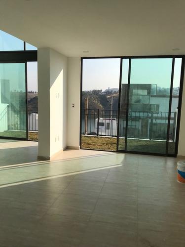 hermosa casa en venta lago esmeralda p.b