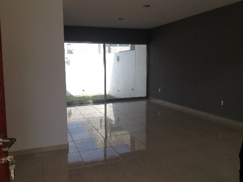 hermosa casa en venta minimalista en fracc milenio iii qro. mex.