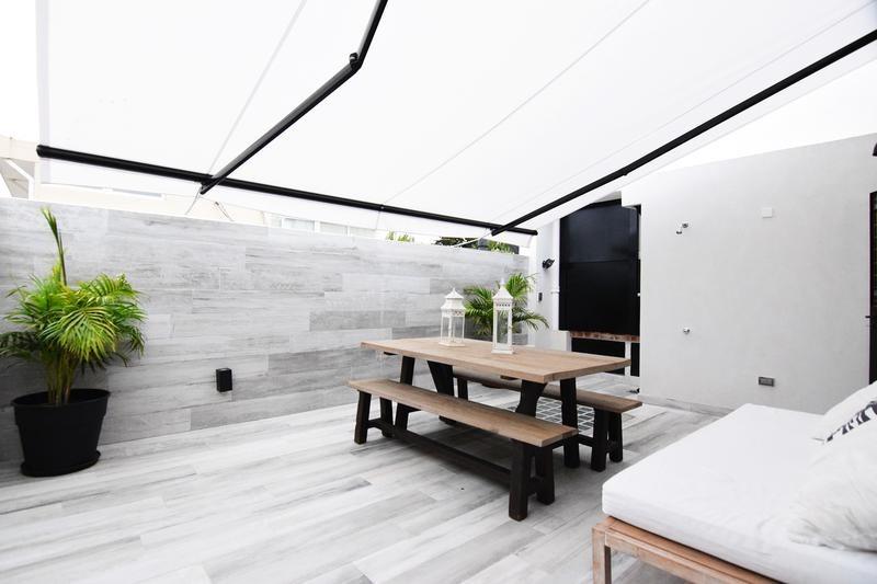 Hermosa Casa Estilo Inglés Reciclada Playroom Escritorio 5 Dormitorios Terraza Patio Parrilla