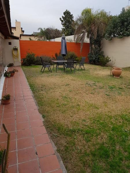 hermosa casa - jardines del jockey
