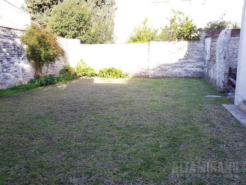 hermosa casa lote propio c/jardin  3 ambientes nuevo valor! posesion inmediata