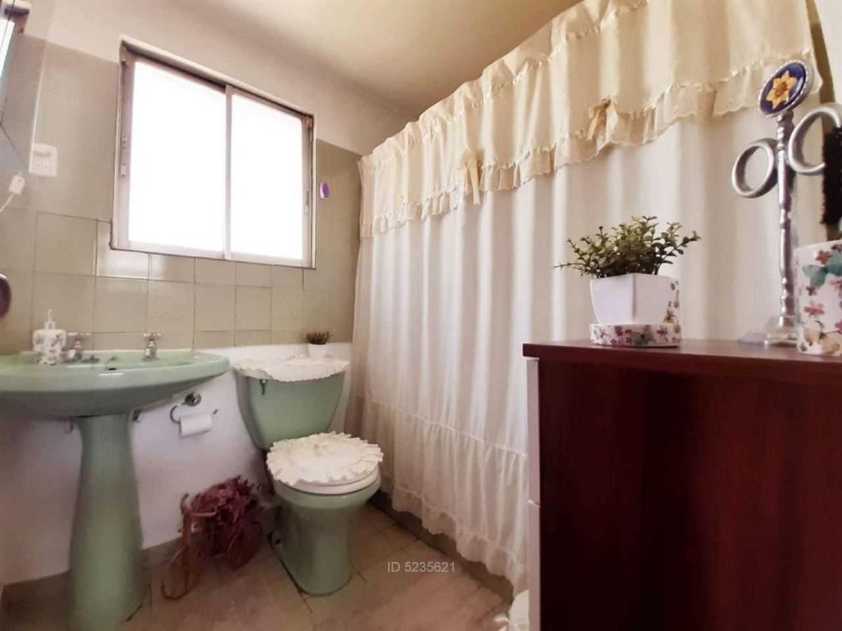 hermosa casa - metro rojas magallanes -