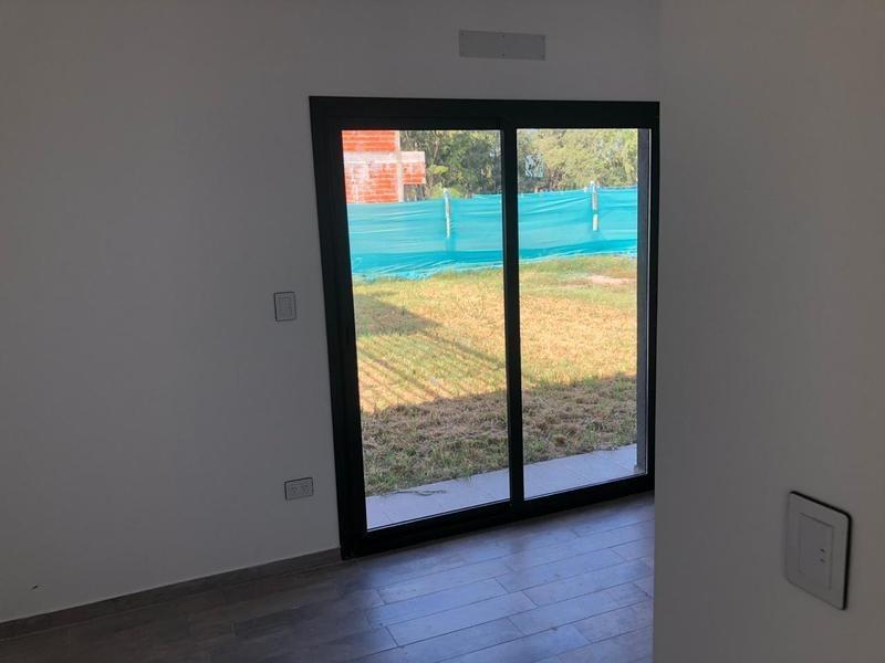 hermosa casa minimalista a estrenar en country santa ines