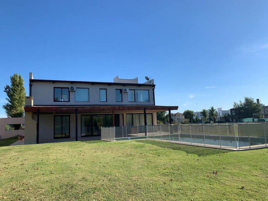hermosa casa minimalista en san eliseo - san vicente