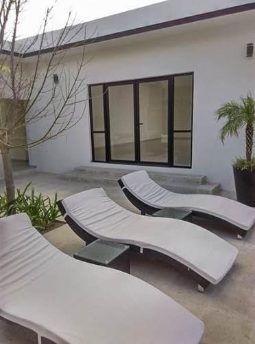 hermosa casa modelo magnolia en venta ubicada en fracc. los robles el condado.