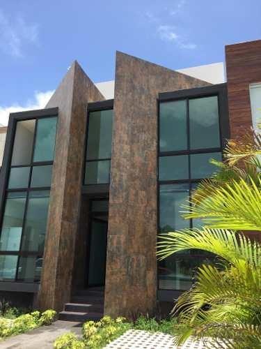 hermosa casa moderna en renta