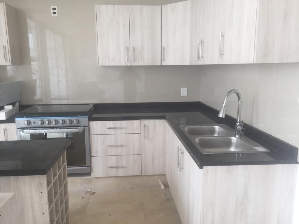 hermosa casa nueva, 3 habitaciones