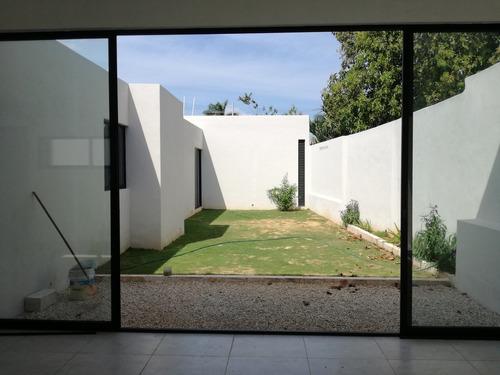 hermosa casa nueva de una planta en tanlum