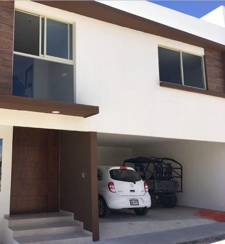 hermosa casa nueva en privada san angel