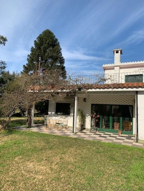 hermosa casa quinta a 20 cuadras del centro