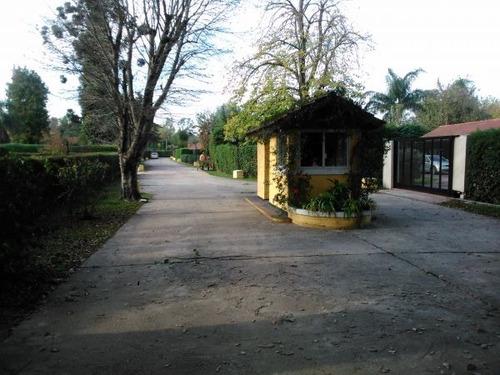 hermosa casa quinta barrio el trebol