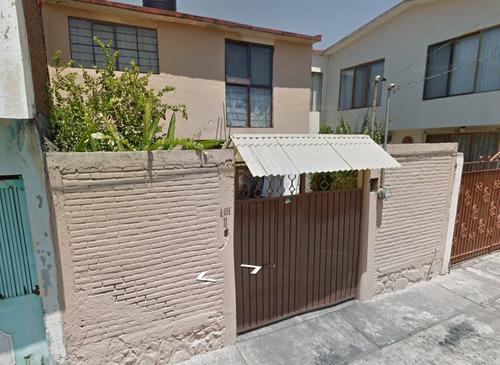 hermosa casa recién recuperada a precio de oportunidad!