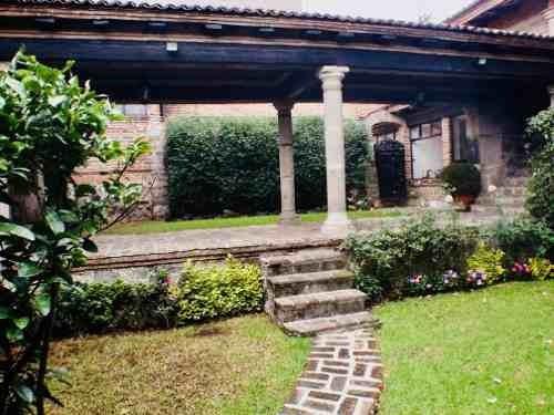 hermosa casa tipo  colonial en la herradura
