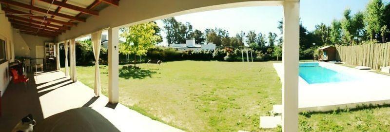 hermosa casa ubicada en zona residencialde #trenquelauquen