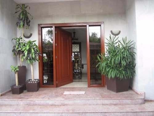 hermosa  casa una planta bosque de cipreses