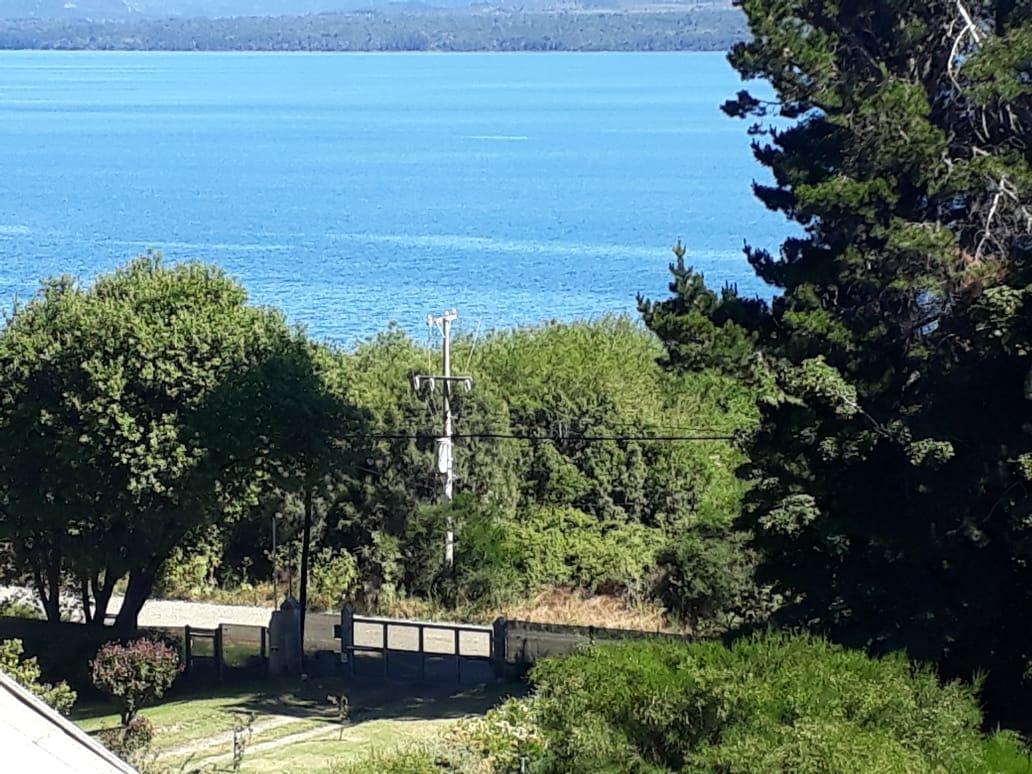 hermosa chacra frente al lago nahuel huapi