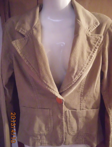 hermosa chaqueta o campera de pana entallada talle s beige