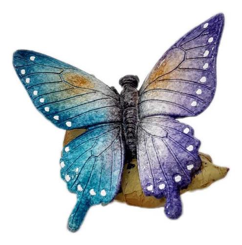hermosa escultura de mariposa en hoja de otoño en resina