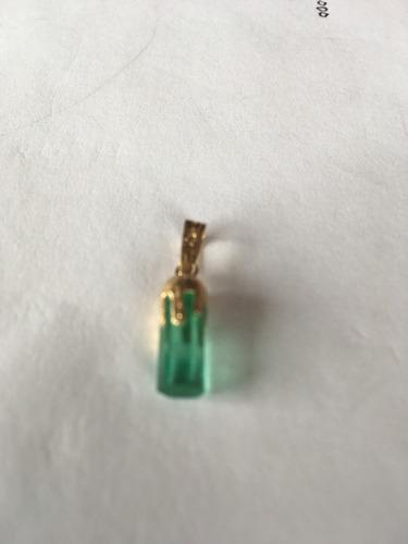 hermosa esmeralda canutillo y oro