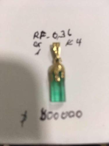 hermosa esmeralda medialuna y oro