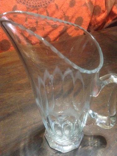 hermosa jarra de vidrio tallado de 30 cm de alto impecable