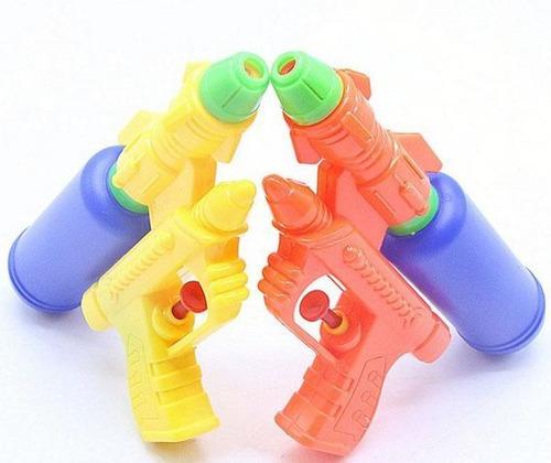 hermosa pistolas de agua juguetes para niños