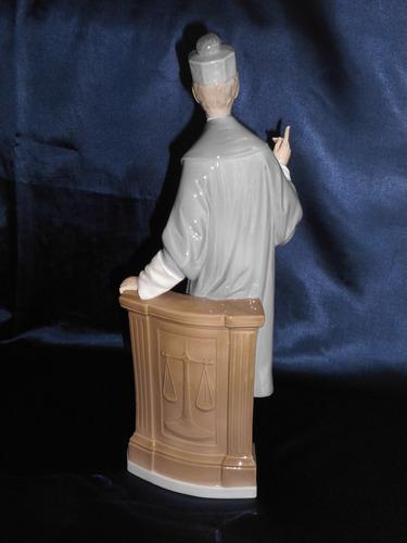 hermosa porcelana lladró: abogado, espectacular