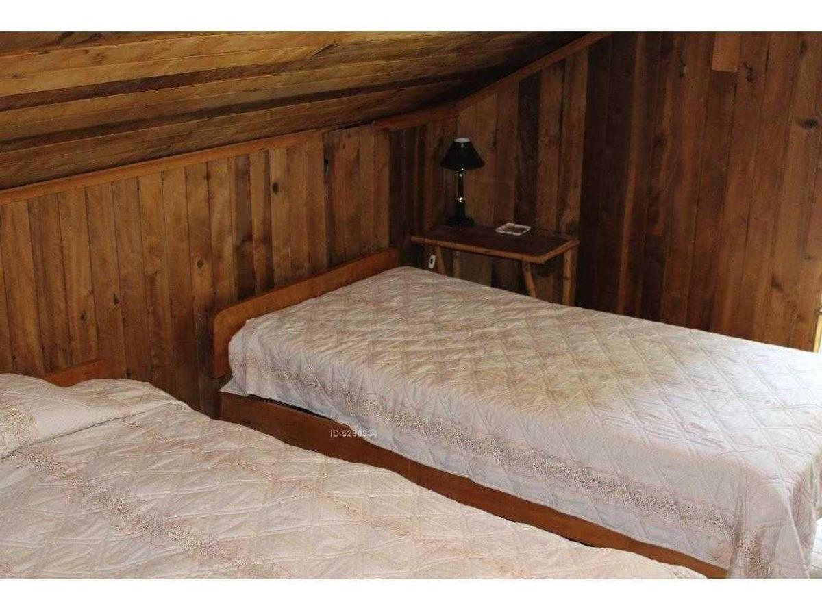 hermosa propiedad con casa de madera nativa estilo alpes suizo