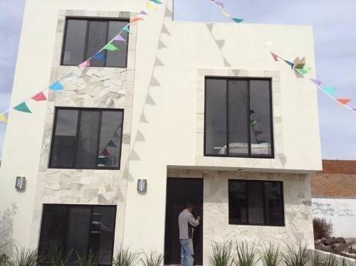 hermosa propiedad con diseño exclusivo  roof garden   1 reca